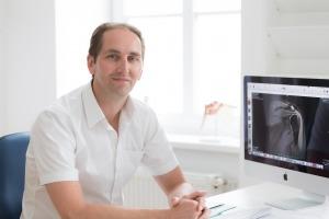 Dr. Peter Buxbaumer