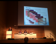 AGA-Kongress 2017 – Präsentation einer neuen, arthroskopischen Nahttechnik
